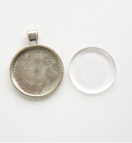 Pendant 25mm Round Bezel Setting