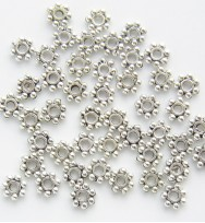 Daisy Spacers 4mm